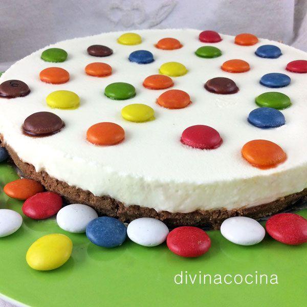 esta receta de tarta de chocolate blanco es muy sencilla sin horno y resulta