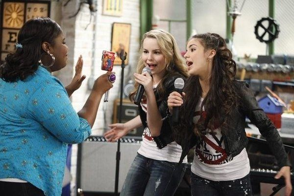 Raven Goodwin, Bridgit Mendler and Samantha Boscarino Good Luck Charlie