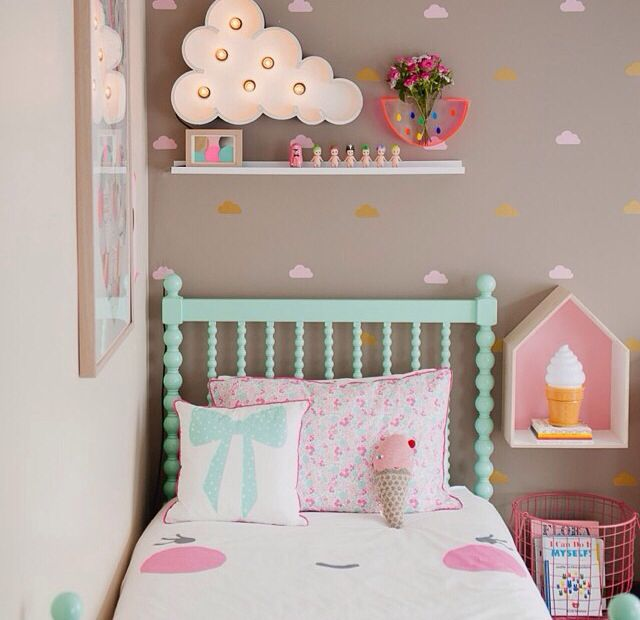 Grey with pink. Such a sweet candy-cloud room for a sweet little princess