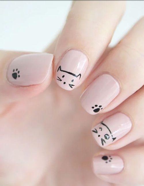 si tienes gatos en tu vida real por que no en tus uñas¡¡