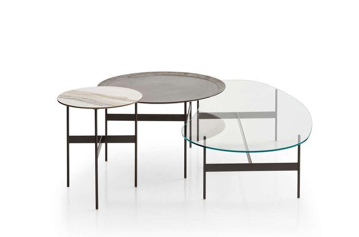 Small table Formiche B&B Italia - Design by Piero Lissoni