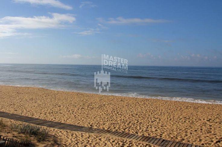 Oito das 10 melhores praias de Portugal localizam-se no Algarve (votação TripAdvisor Melhores Praias de Portugal - 2015) / Eight of the 10 best beaches in Portugal are located in Algarve (TripAdvisor Best Beaches of Portugal - 2015)