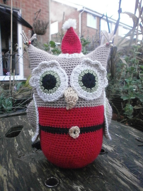 Ravelry: Christmas Santa Owl doorstop pattern by Sally Titterton
