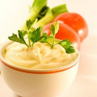 Ali Oli (Garlic Mayonnaise)
