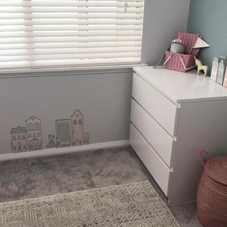 """Another beautiful nursery featuring our Dacca Transitional Grey Beige Designer rug. 💕 🤗 https://buff.ly/2GIkV4z?utm_content=buffer7a6d9&utm_medium=social&utm_source=pinterest.com&utm_campaign=buffer #Repost @rayment_girls: ... """"•Sneak peak•  Miss E's room 🙈 #homeofourown #raymentgirls"""""""