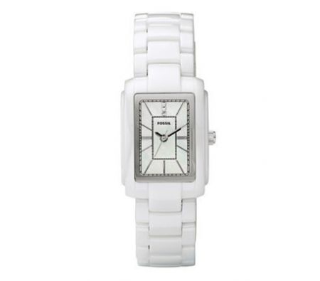 Casual, clean looking watch that mum will surely love to wear on daily basis.