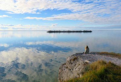 These 2 Insanely Beautiful Limestone Cliffs Are Only A Few Hours Away From Winnipeg
