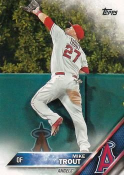 2016 Topps #1a Mike Trout Front