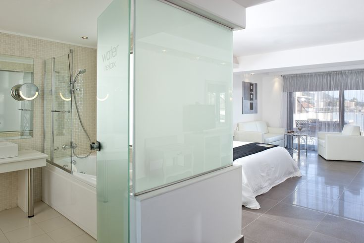 A wide variety types of  rooms are available, from deluxe rooms, premium deluxe rooms, executive rooms, deluxe family rooms to junior suites, superior suites, superior suites with private outdoor jacuzzi and grand suite with private outdoor jacuzzi. All with a tailor made, modern and stylish interior, and truly every imaginable facility is en suite. #Lesante #Zakynthos #Zante #Greece