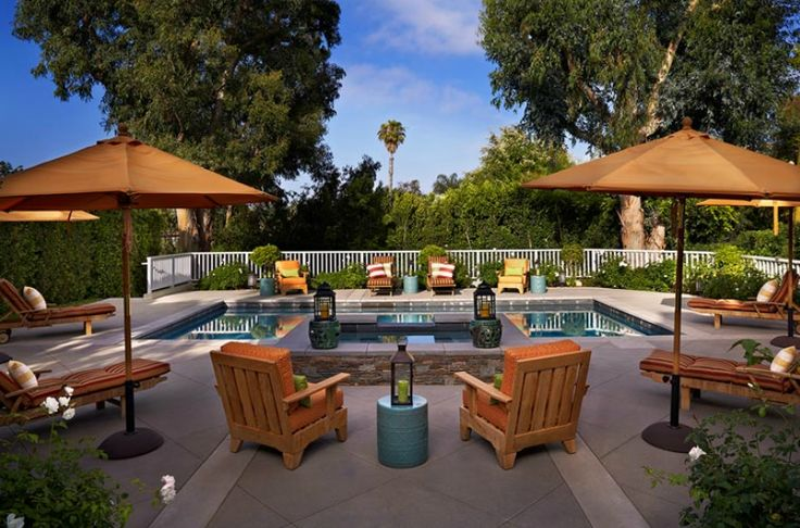 beautiful backyard pool area backyard spaces pinterest. Black Bedroom Furniture Sets. Home Design Ideas