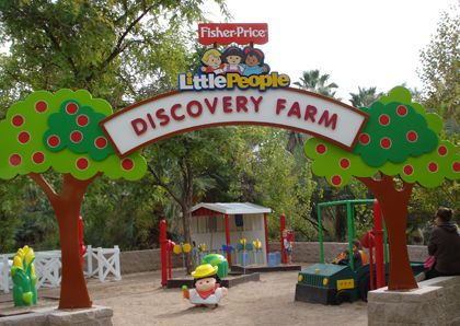 101 Things to Do in Phoenix, what is this place I've never heard of? Little People Discovery Farm, looks cute