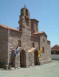 Πανέμορφες πετρόκτιστες εκκλησίες του χωριού www.iloveskoutari.com