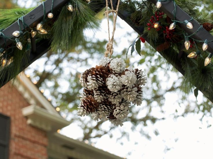 Christmas Outdoor Decorations | Interior Design Styles and Color Schemes for Home Decorating | HGTV