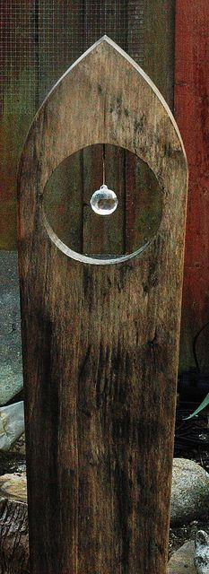 Holzkunst mit Kristall - Oft ist das Schlichteste das Schönste