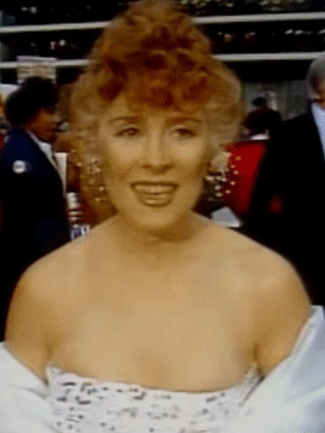 Joan Hackett | Joan, American actress, Celebrities
