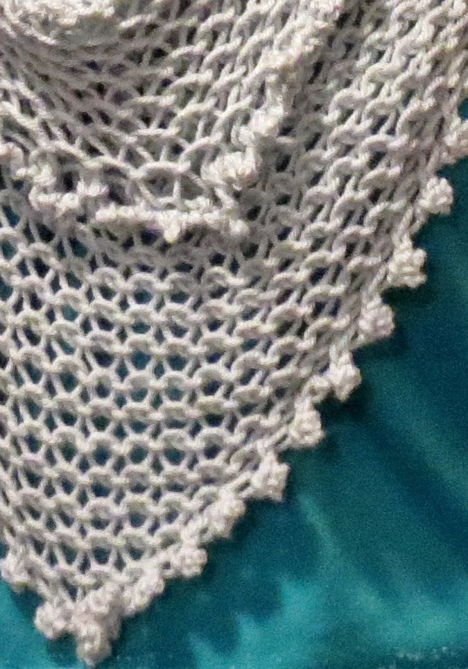 Loom Knitting - Knotted Cast On