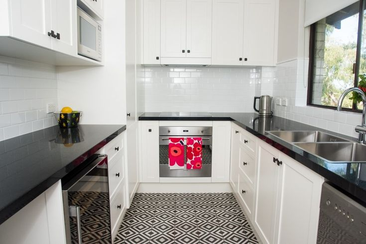 Modern Apartment By Smart space interiors- Anoushka Allum http://www.smartspaceinteriors.com