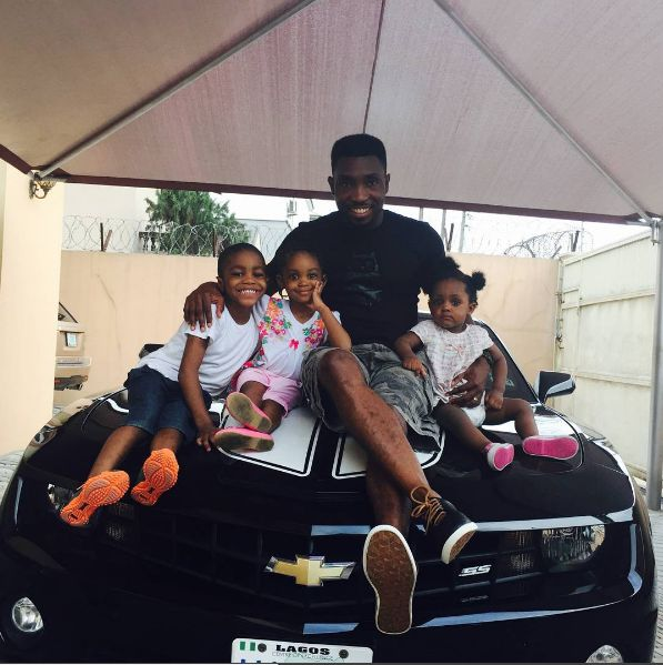TIMI DAKOLO AND HIS KIDS IN ADORABLE PHOTO   The proud dad posed with his three kids today.Cute family!  celebrity gist entertainment
