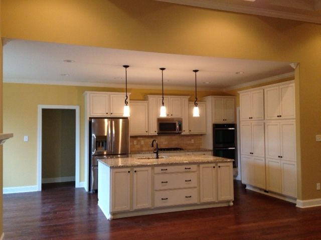 Kitchen Cabinet, Island   Homecrest Cabinetry,Jordan Door, French Vanilla  Paint With Fawn