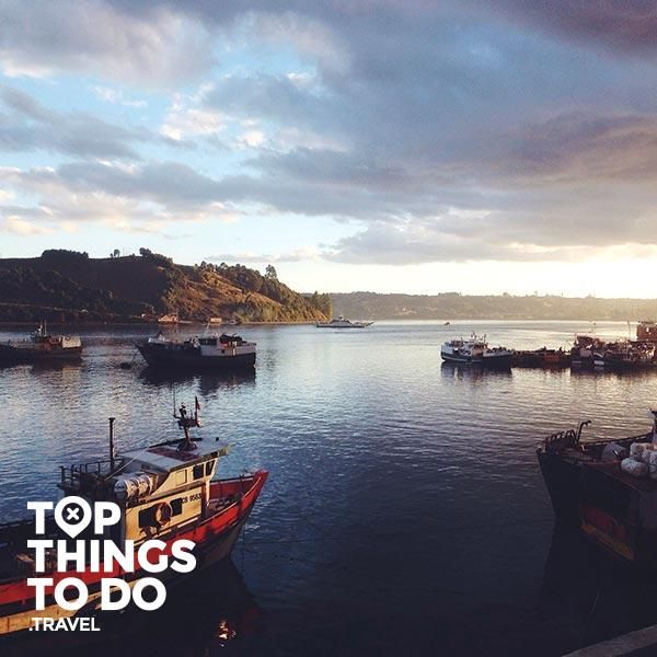 Dalcahue - Chiloé - El pequeño pueblo costero de Dalcahue, dedicado a la pescar artesanal y el precsamiento de alimentos del mar, es un lugar que vale la pena visitar.