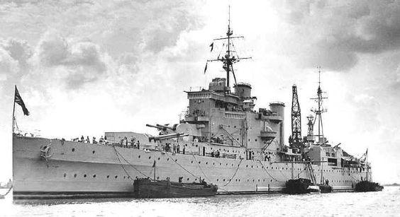HMS London (69) County-class heavy cruiser of the British Royal Navy, 1943. (google.image) 8.17 #81A