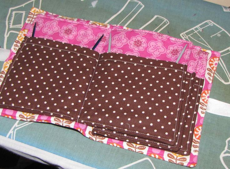 Knitting Needle Case Sewing Pattern : Best 25+ Needle holders ideas on Pinterest Needle case, Sewing case and Kni...