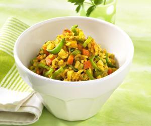 Dieses vegetarische Gericht wirkt milchbildend. Vollkornreis liefert viele Ballast- und Mineralstoffe.