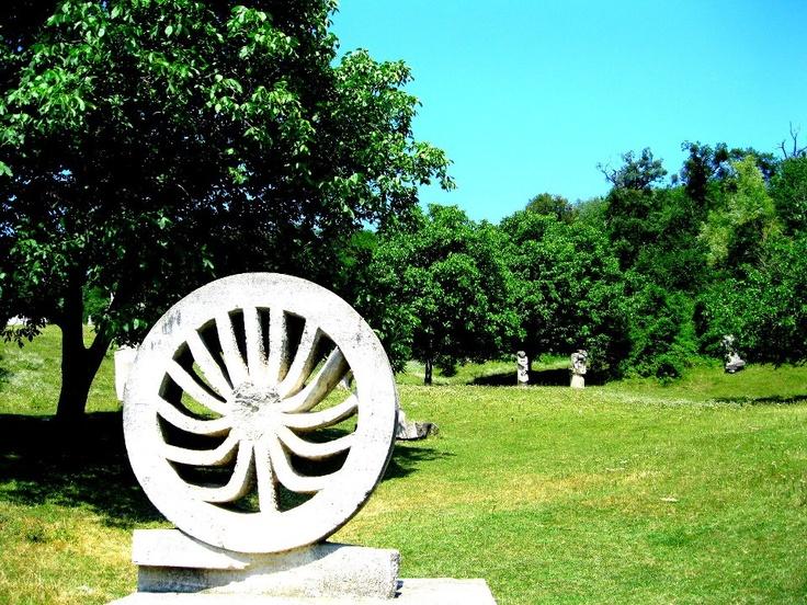 Tabăra de Sculptură, #Măgura, #Buzău - artă în aer liber