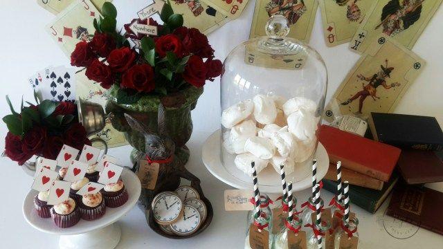 alice and wonderland meringues