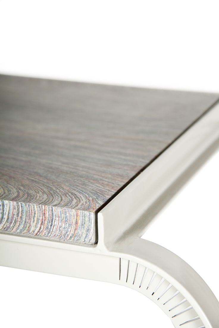 Tabloid Tables | Floris Hovers together with Vij5 | NewspaperWood