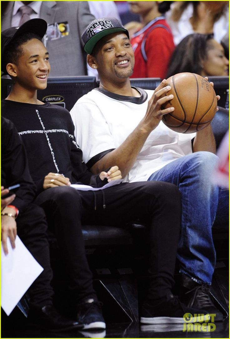 Miami heat basket - Will Smith Takes His Son Jaden To A Miami Heat Basketball Game On May 15