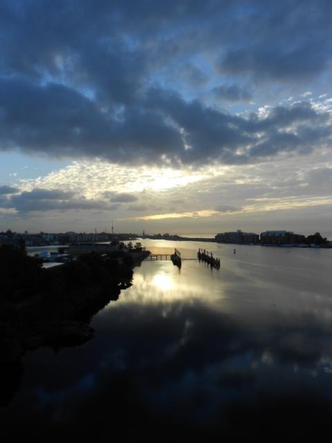 Sunrise and port #pinyourcity