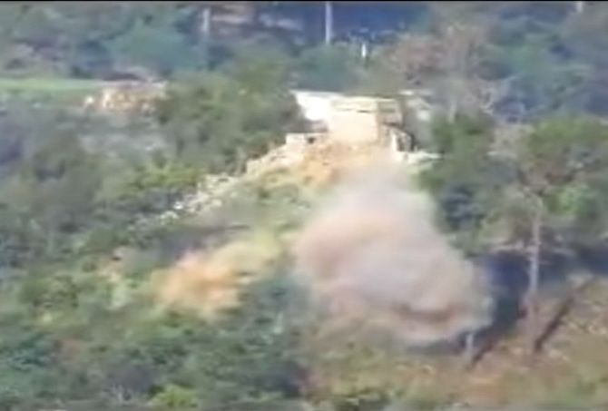 Video reveals Indian Military destroying Pak bunkers with rockets  http://www.bicplanet.com/world-news/video-reveals-indian-military-destroying-pak-bunkers-with-rockets/  #World