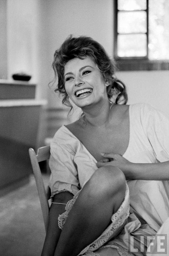 82 best dive italiane images on pinterest actresses celebrities and celebs - Dive porno italiane ...
