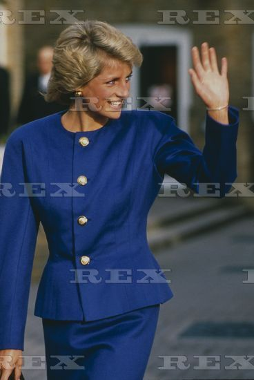 January 13 1989: Diana, Patron, British Lung Foundation, visits the National Heart and Lung Institute, London
