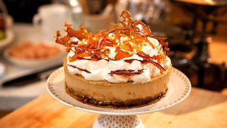 Pecan toffee cheese cake