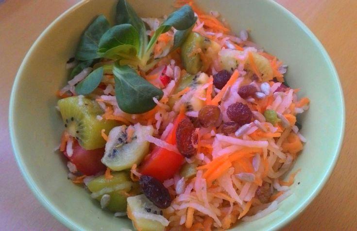 Zeleninový šalát s kiwi