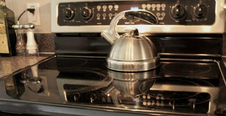 inductie-kookplaat-schoonmaken-tips-budgi | www.Budgi.nl | Dé lifestyle site voor elk budget! |