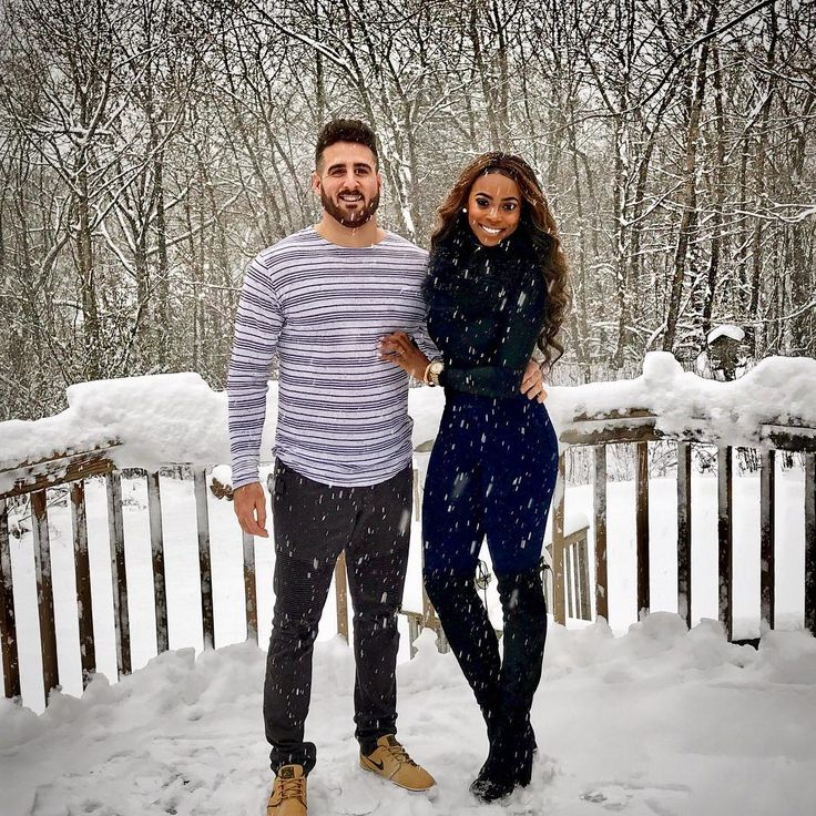 emigrant single girls Your fianc will meet other russian women who are coming to america under fiance visas she will meet them at her english classes, or through the marriage agency, or through friends and relatives.