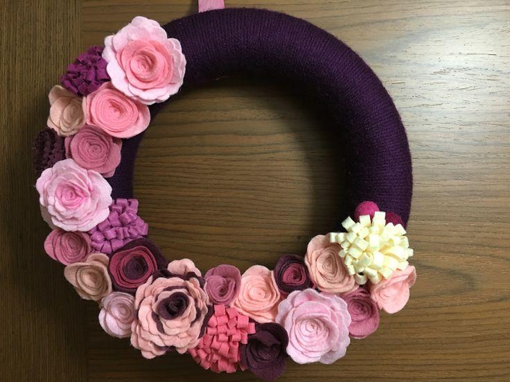 Wreath with felt flowers