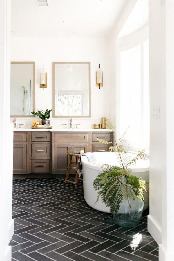 Traditional Bathroom Suites To Compliment Your Home Horror Underground Traditional Bathroom Traditional Bathroom Suites Bathroom Interior Design