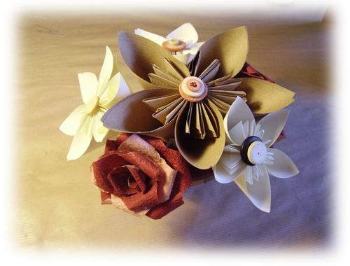 Centro Tavola Fiori #candles #crafts