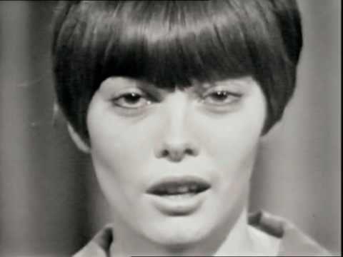"""Mireille Mathieu """"L'Hymne à l'amour"""" 1966] - YouTube"""