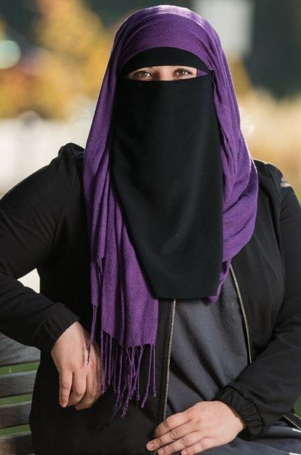 Canadian University Student in Niqab