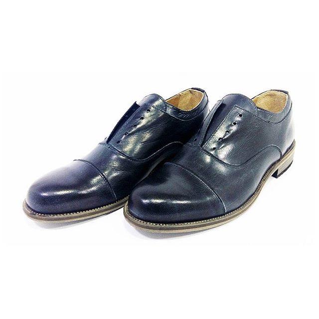 Francesina Da Vinci black www.l3luxury.com  #manstyle #manfashion #madeinitaly #italianshoes #italianhandmade #italianhandmadeshoes #fashionshoes #shoesmadeinitaly #shoes #shoesman #shoesshop #shoesvintage #scarpe #scarpeuomo #scarpevintage