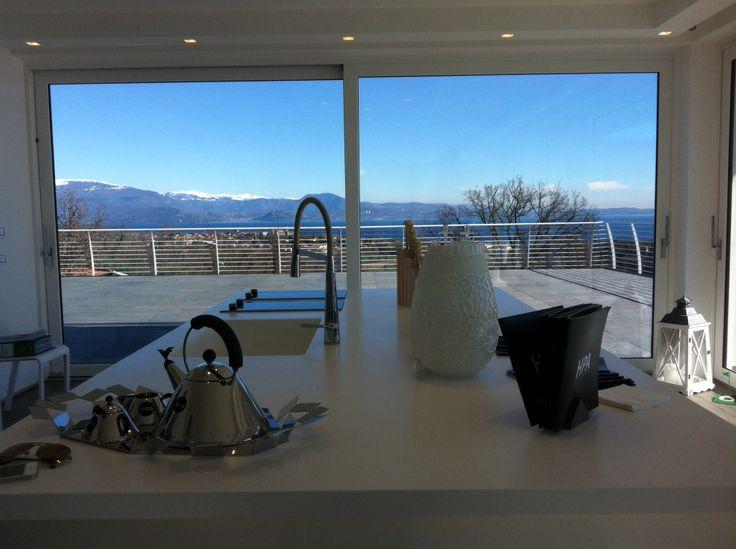 Italia, Lago di Garda attici e appartamenti da sogno   Italy, Lake Garda dream penthouses and apartments   Италия, Озеро Гарда мечты пентхаусы и апартаменты   Italien, Gardasee träum Penthäuser und Wohnungen