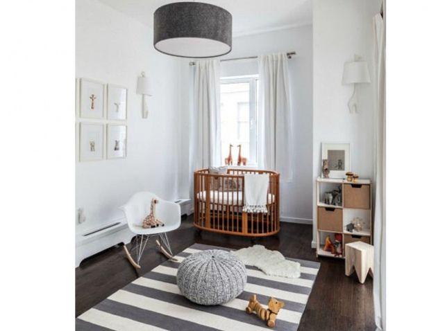 Chambre de b b 25 id es qui changent du bleu pour un - Chambre bebe grise et blanche ...