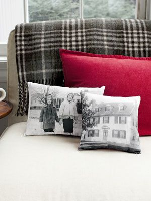 DIY photo pillows using wax paper and printer. Could make t-shirts, totes and lots o' cool things for gifts.