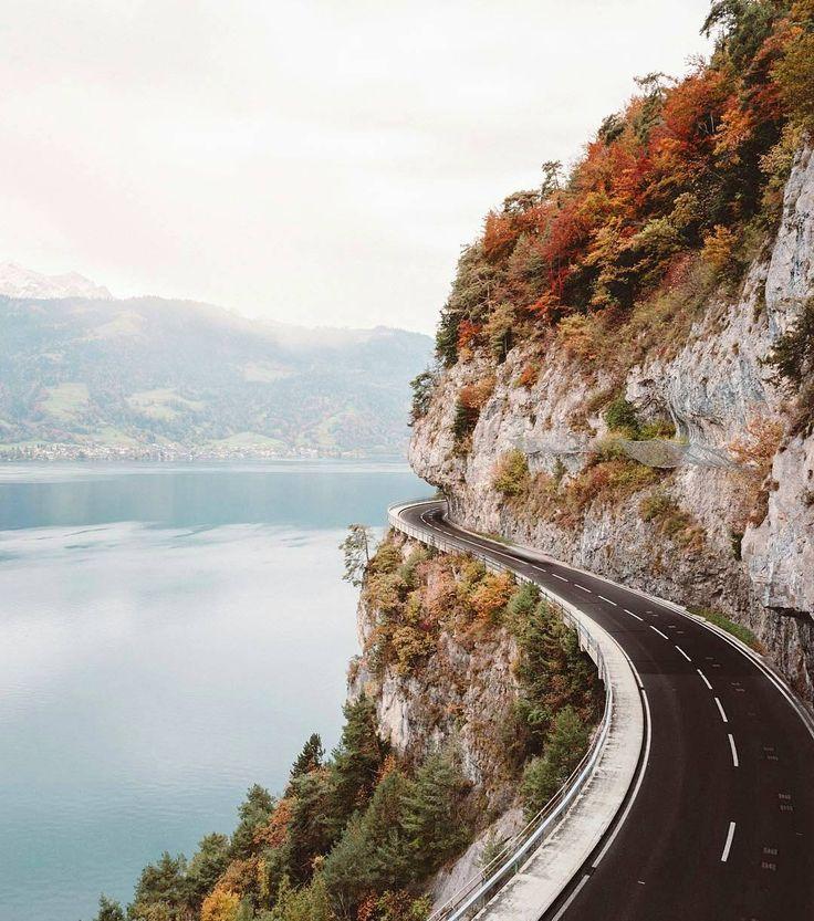 The dream road between Interlaken and Thun.