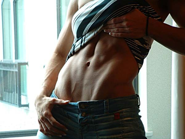 The Money Maker: How To Get The V-Shaped Cut In Your Lower Abs!